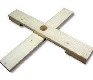 Holzkreuz Tannenbaumständer
